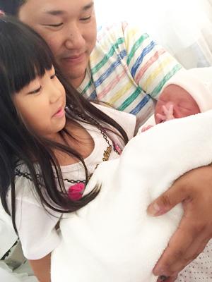 赤ちゃんの手形足形01