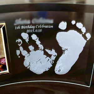 赤ちゃんの手形足型