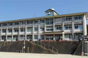 俵浦小学校